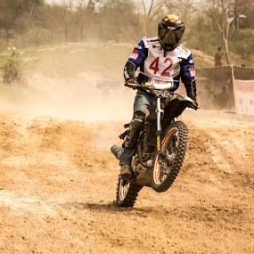 ....jump by YSKAy ClickZ - Sports & Fitness Motorsports