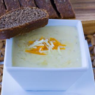 Outback Steakhouse Walkabout Soup Copycat Recipe + a Le Creuset GIVEAWAY!