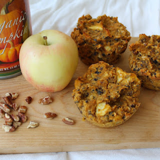 Pumpkin Apple Harvest Muffins!.