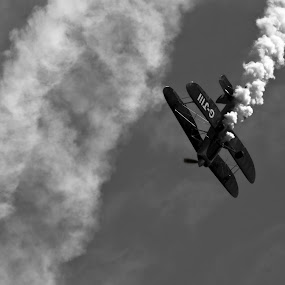 by Ben Leng - Transportation Airplanes