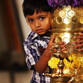 Innocent look  by Guru Prasad - Babies & Children Children Candids ( child, child portraits, child photography, children candids, children )