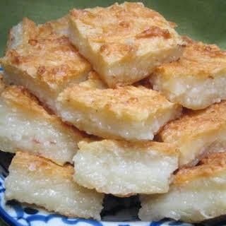 Khanom Ba-Bin (Coconut Cake).