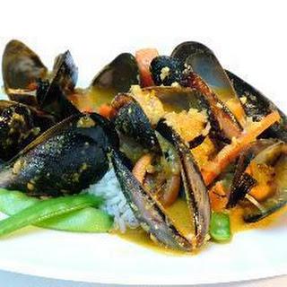 Mussels in Korma Sauce Recipe