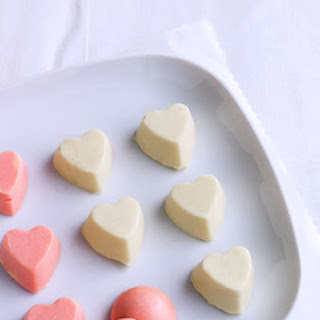 Valentine's Day White Chocolate Bites with Ginger.