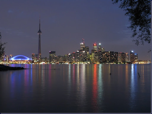 Toronto_skyline_at_night