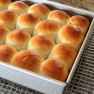 Buttermilk Dinner Rolls