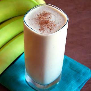 Banana Cashew Shake (vegan)