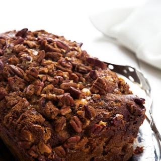 {Oil Free} Brown Butter Apple Bread with Butterscotch Chips and Cinnamon Pecan Streusel Recipe