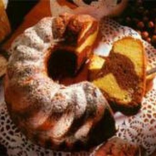 Marble Gugelhupf Cake (Marmorgugelhupf).