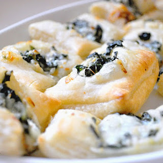 Spinach Dip Pastry Bites {Plus KitchenAid Mixer Giveaway}