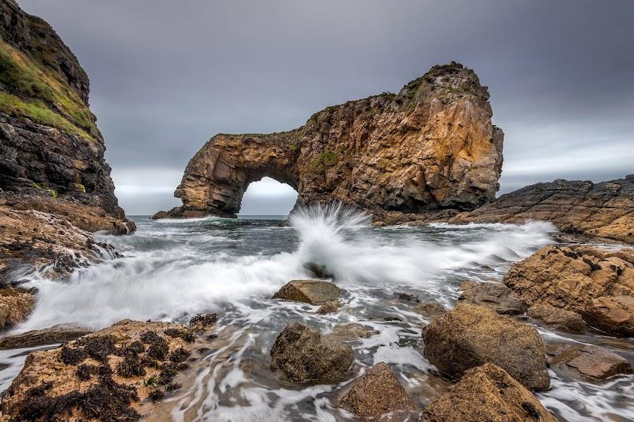 Splash by Łukasz Rabczyński - Landscapes Waterscapes