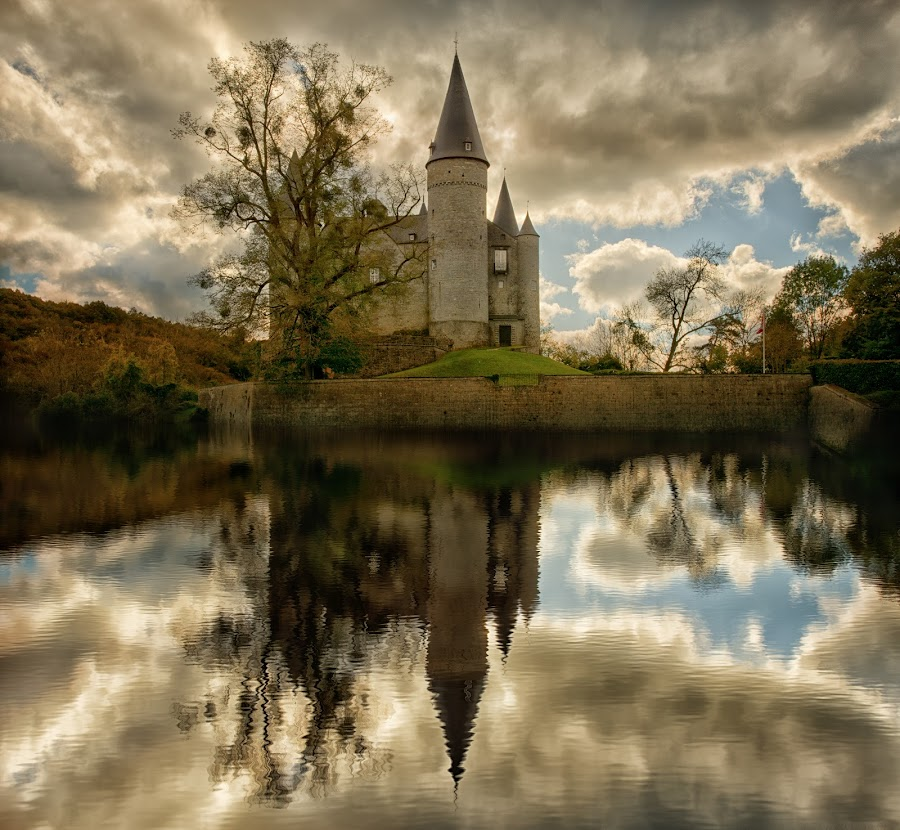 Castle by Ева Йорданова - Buildings & Architecture Public & Historical ( autumn light, reflection, lake, castle,  )