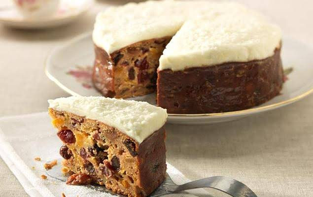 Low Fat Banana Cake Recipes Uk: 10 Best Mixed Dried Fruit Cake Recipes