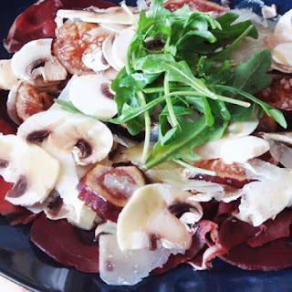 Mushroom, Fig and Bresaola Salad – A Tuscan Raw Salad