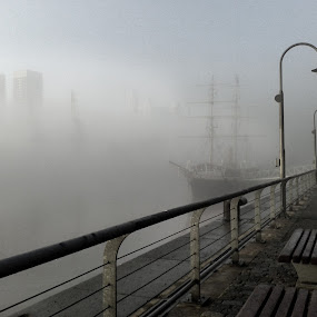 Fog in Buenos Aires by Jime Fernandez - Instagram & Mobile Android ( port, fog, buenos aires, morning, city )
