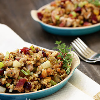 Herbed Stuffing with Bacon and Leeks