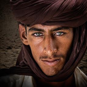 Boy In The Desert by Nayyer Reza - People Portraits of Men ( pakistan, desert, village, color, nayyer, boy, nayyer reza, reza )