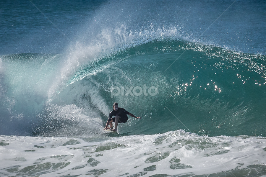 Under the Curl by Ralph Brown - Sports & Fitness Surfing