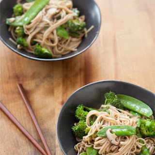 Weeknight Lo Mein