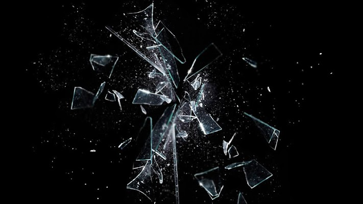 Broken glass Wallpaper - screenshot