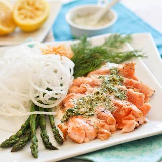 Salmon Tataki with Creamy Lemon Dill Sauce.