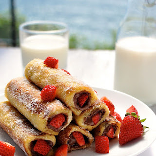 Strawberry Nutella French Toast Roll Ups Recipe