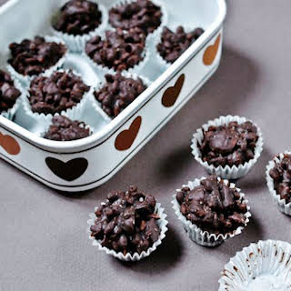 Ginger and Almond Chocolate Clusters.