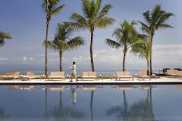 A pool at the Hilton Fiji Beach Resort and Spa
