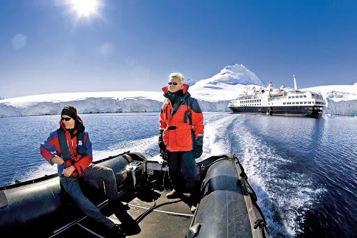 Silver_Explorer_polar_region - Sailings to polar regions aboard Silver Explorer come with a complimentary parka.