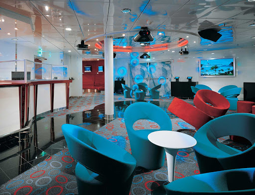 Carnival-Fascination-Club-O2 - Club O2, the just-for-teens hangout on board Carnival Fascination.