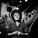 Edith Piaf Wallpapers logo