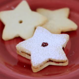 Shortbread Cookies with Raspberry Preserves Recipe