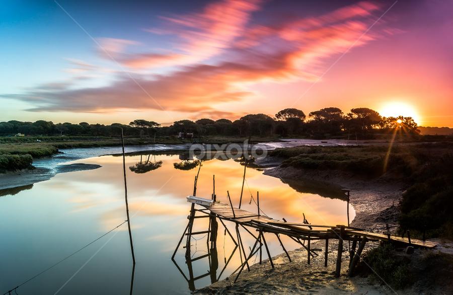 Sunrise today - Portugal, Setubal by Emanuel Fernandes - Landscapes Sunsets & Sunrises ( water, setubal, sunrise, portugal, sunseet )