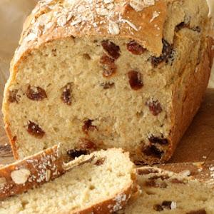 Fruit Soda Bread with Raisins