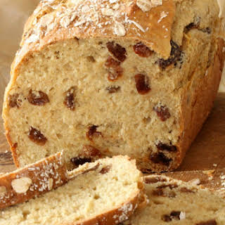 Fruit Soda Bread with Raisins.