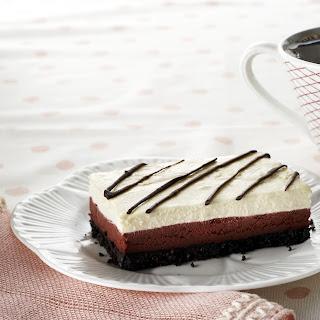 OREO Red Velvet Cheesecake Bars
