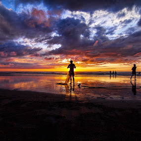 Day's End by Härris McHörrör - Landscapes Sunsets & Sunrises ( canon, nearshore, sunset, vmy2014, fishing, landscape, sabah,  )