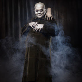 Uncle Fester by Liviu Mihai - People Portraits of Men ( fester addams family move makeup man studio hand )