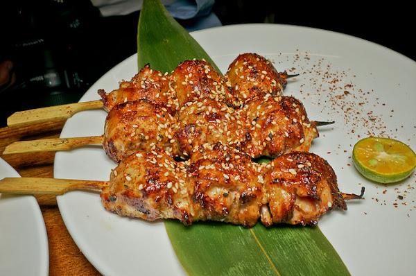 串燒與超好吃肉醬麵的美味組合 : 呼搭啦串燒屋/愛研味原創麵食坊(上)