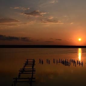 Lake sunset by Suciu Corina - Landscapes Sunsets & Sunrises (  )