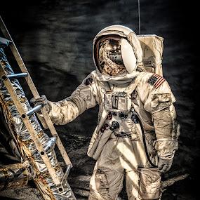 Museum Astrobaut by Chris Thomas - Artistic Objects Technology Objects ( technology, suit, white, astronaut, space, black,  )