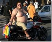 754px-Overweight_biker[1]