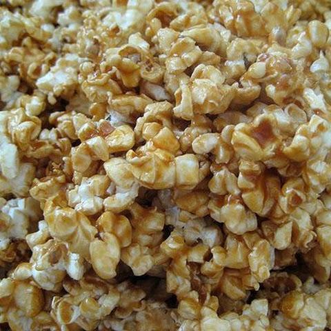 My Momma's Microwave Caramel Corn Recept | Yummly