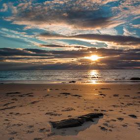 At the beach by Miroslav Havelka - Landscapes Sunsets & Sunrises ( scotland, sunset, sea, beach, landscape )