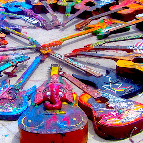 Guitar Circle by Ronnie Caplan - Artistic Objects Musical Instruments ( music, tuning keys, painted, colourful, venice beach, art, strings, necks, guitars, instruments, shadows, exhibit, colorful, mood factory, vibrant, happiness, January, moods, emotions, inspiration,  )