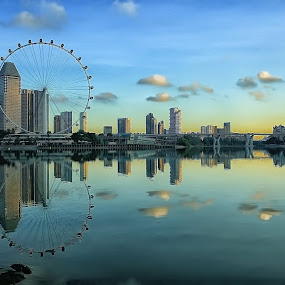 Skylines' Reflection by Ina Herliana Koswara - City,  Street & Park  Skylines ( flyer, reflection, cityscape, morning, singapore,  )