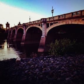 Bridgestruck by Giovanna Arcadu - Instagram & Mobile iPhone (  )
