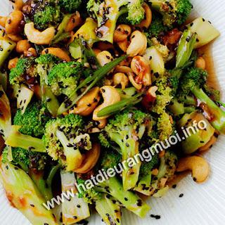 Salad Bong Cai Xanh Va Hat Dieu