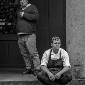 Take a Break by Neil Sturgeon - Black & White Street & Candid ( covent garden, resting, london, black and white, mono )