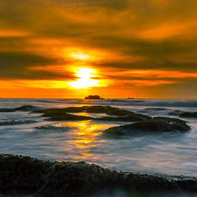 two colour of sunset by Rob De Eduardo - Landscapes Sunsets & Sunrises ( sunset, beach, seascape, landscape, rocks,  )